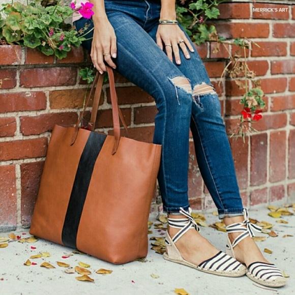 Madewell Handbags - MADEWELL Paint Stripe Transport Leather Tote 212ba9e6cd1b2